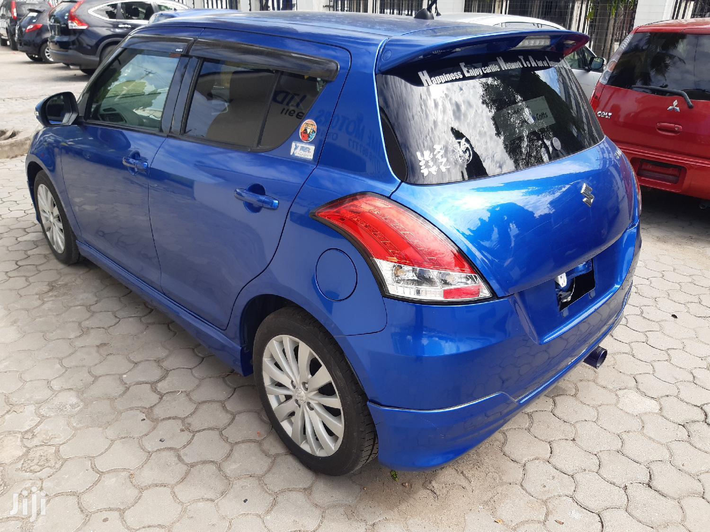 Archive: Suzuki Swift 2012 1.4 Blue
