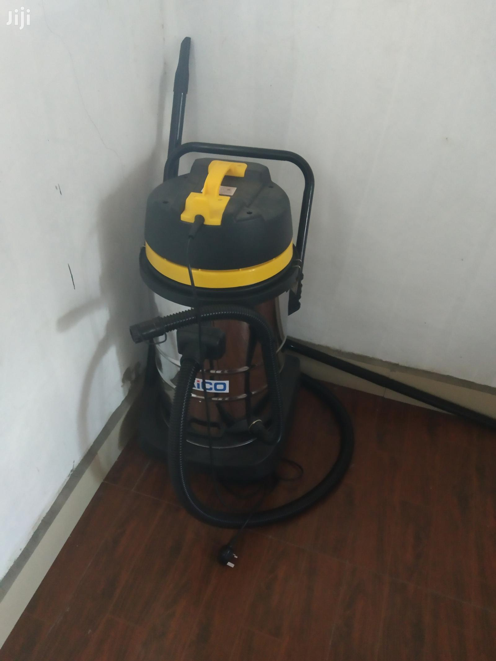 Archive: Commercial Vacuum Cleaner