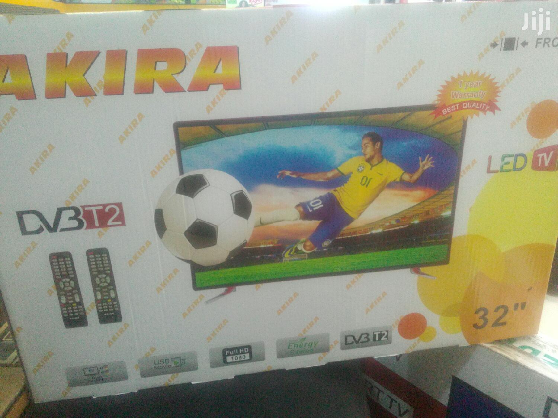 Akira TV 32inchs