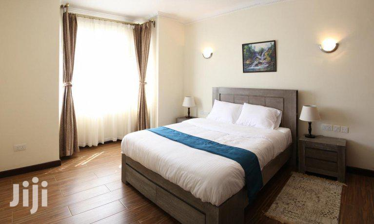 Archive: Very Executive 1 Bedroom Apartment For Rent.
