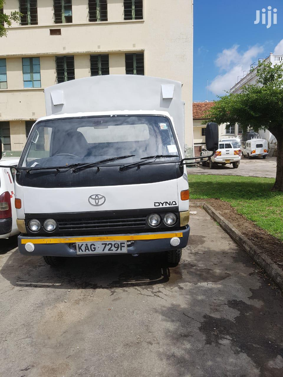 Toyota Dyna For Sell