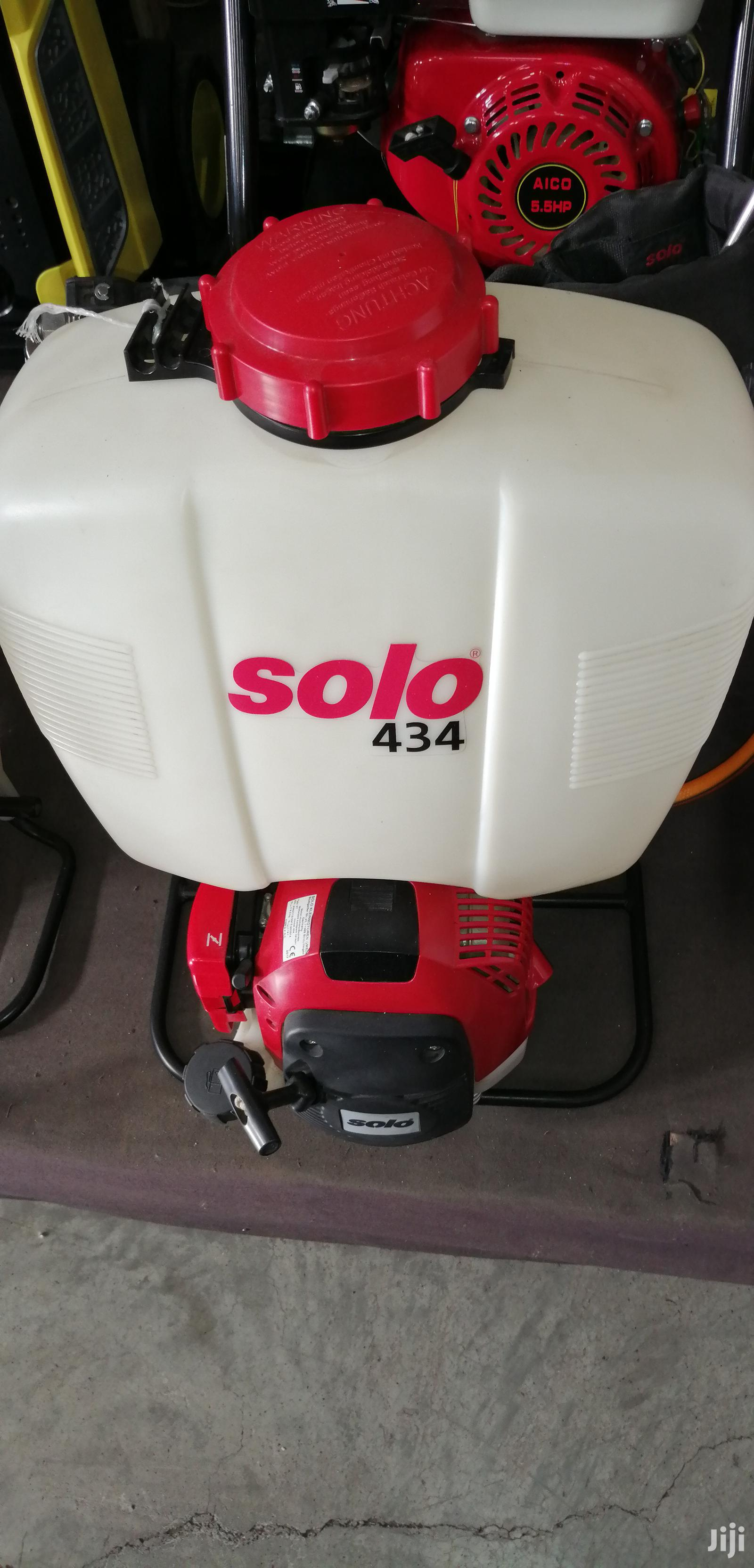 Brand New 434 SOLO Engine Sprayer.
