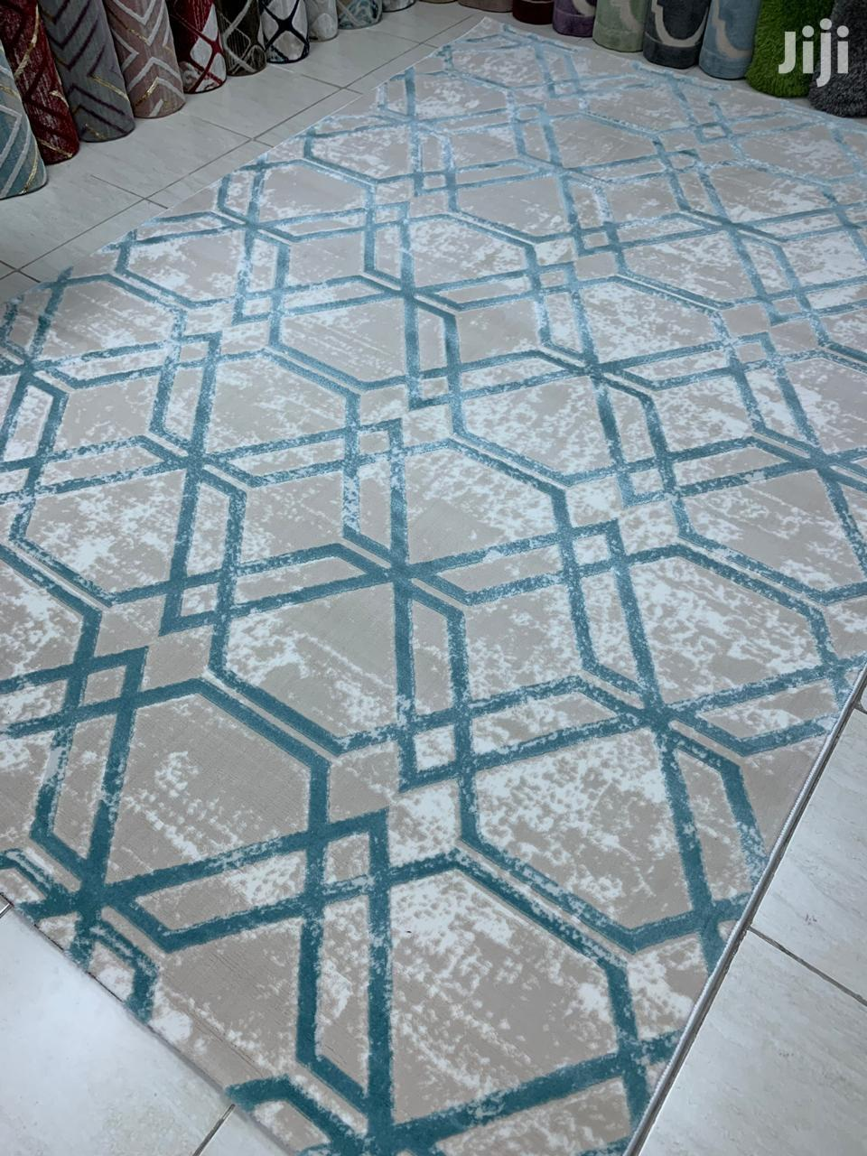 Modern Carpets In Town