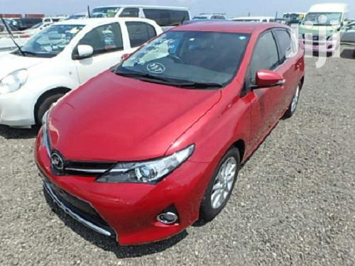 New Toyota Auris 2013 Red