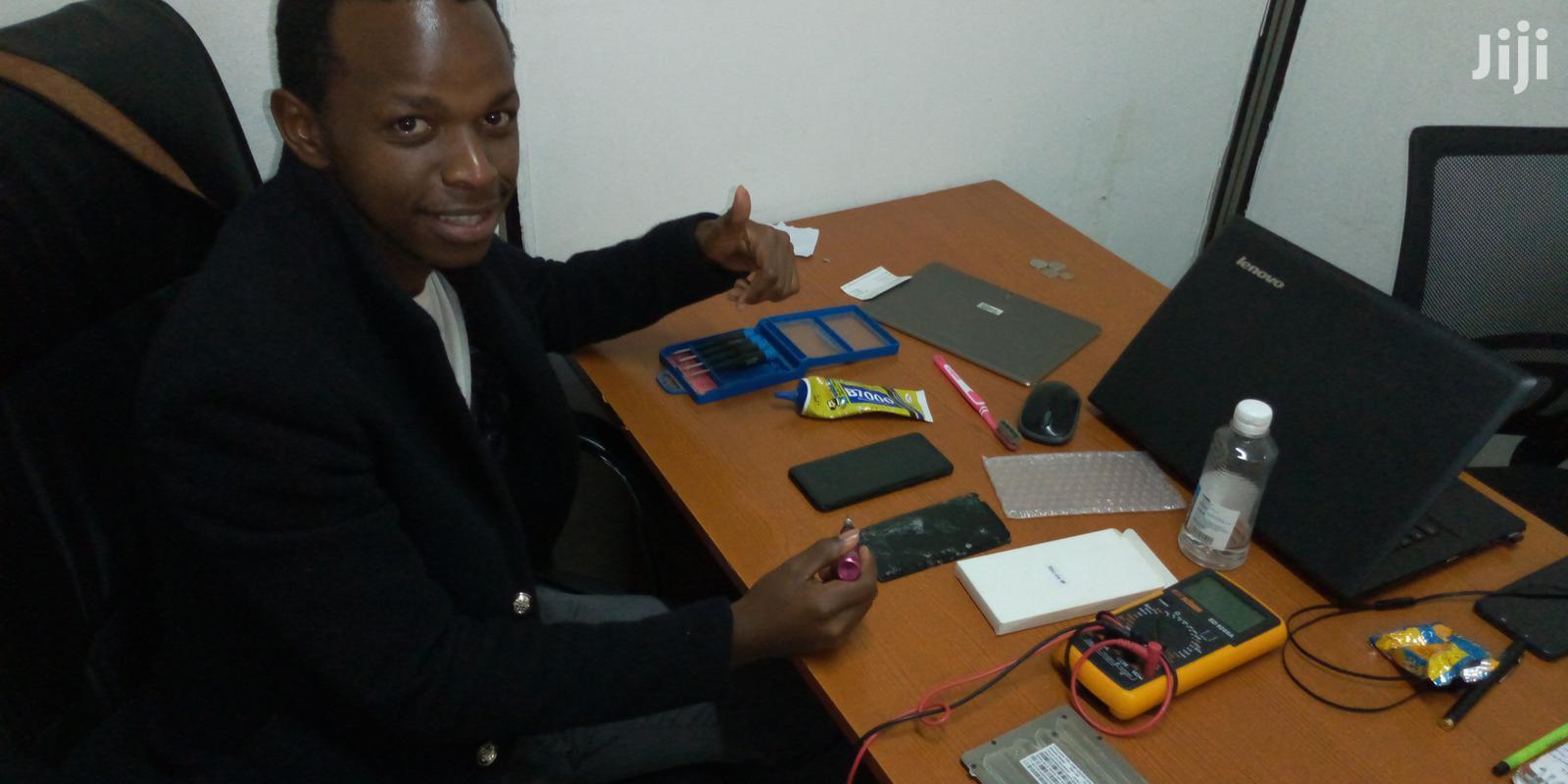 Professional Laptop And Phone Repair Service