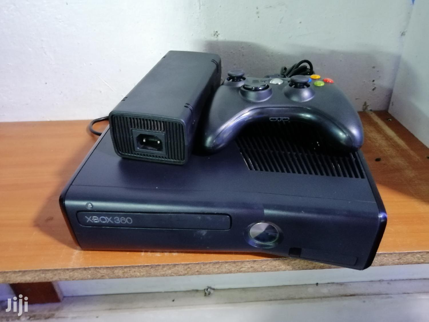 Xbox 360 Chipped With 15 Games