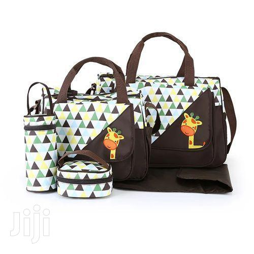 Archive: 5 Piece Diaper Bag for All Your Baby Needs - Brown and White