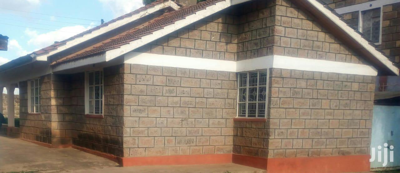 Archive: A Very Spacious 3 Bedroom Master Ensuite Bungalow Near the Tumaini