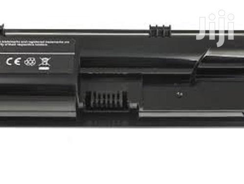 Generic Laptop Battery for HP 4530 - Black