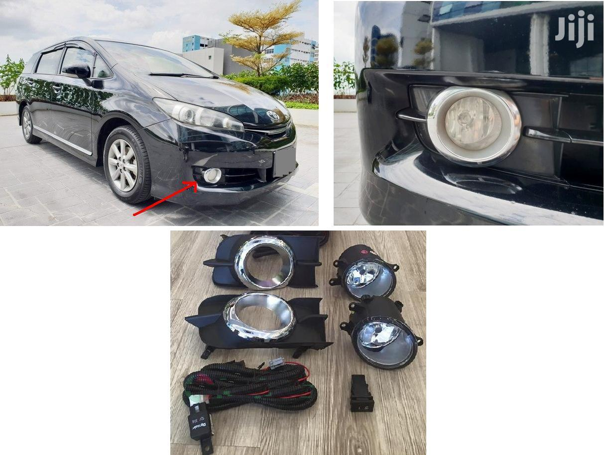 Toyota Wish: 2010+: Complete Fog Lamp Set With Chrome Finish: ZGE20