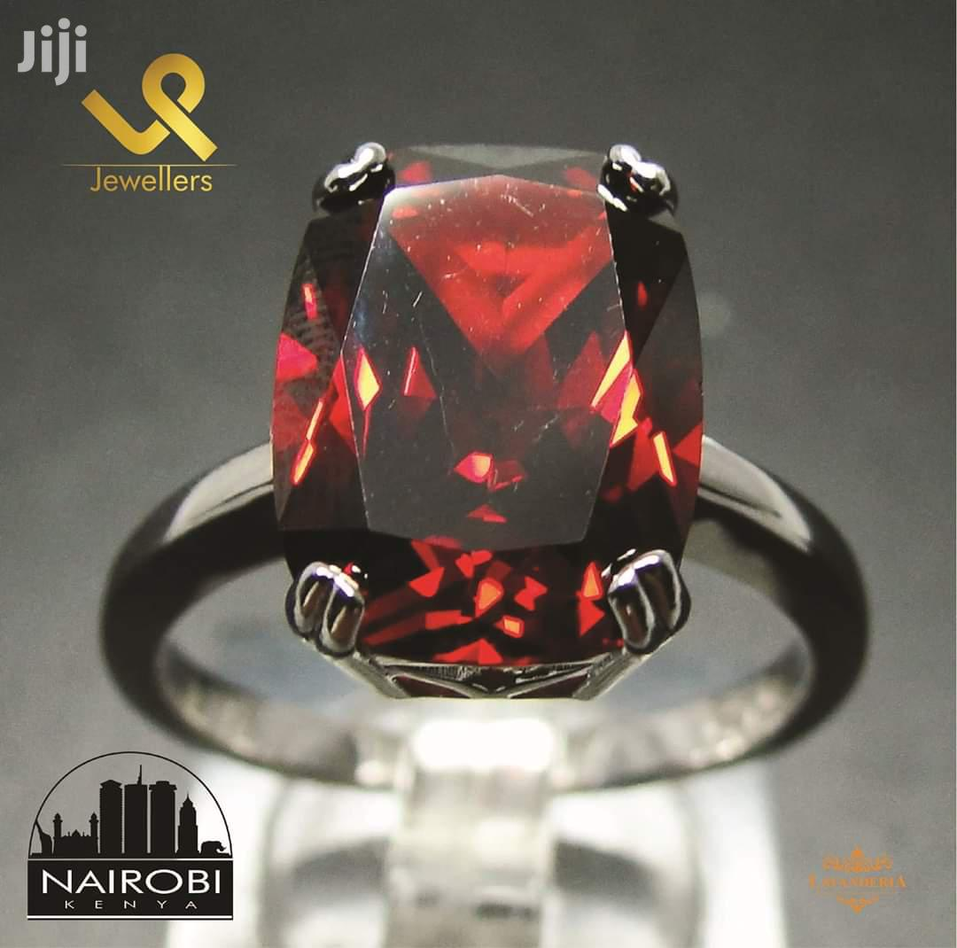 Synthetic Red Garnet Ladies Sterling Silver Cocktail Engagement Ring | Wedding Wear & Accessories for sale in Nairobi Central, Nairobi, Kenya