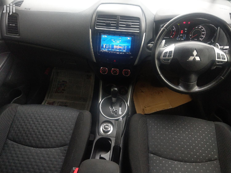 Archive: Mitsubishi RVR 2012 2.0 Black