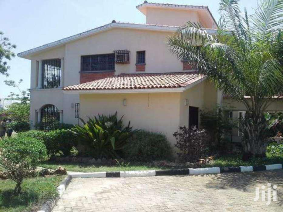 NYALI- 4 BEDROOM HOUSE With POOL OWN COMPOUND On 1/2 ACRE COMPOUND