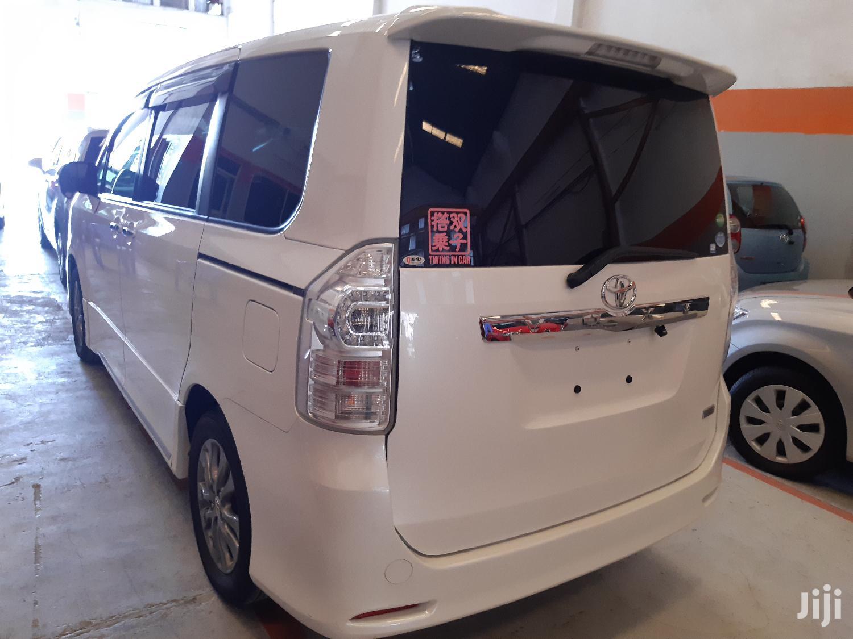 Toyota Voxy 2012 White | Buses & Microbuses for sale in Mvita, Mombasa, Kenya
