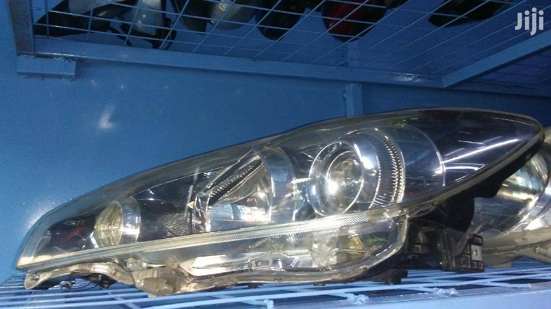 Archive: Toyota Wish 2010 Xenon