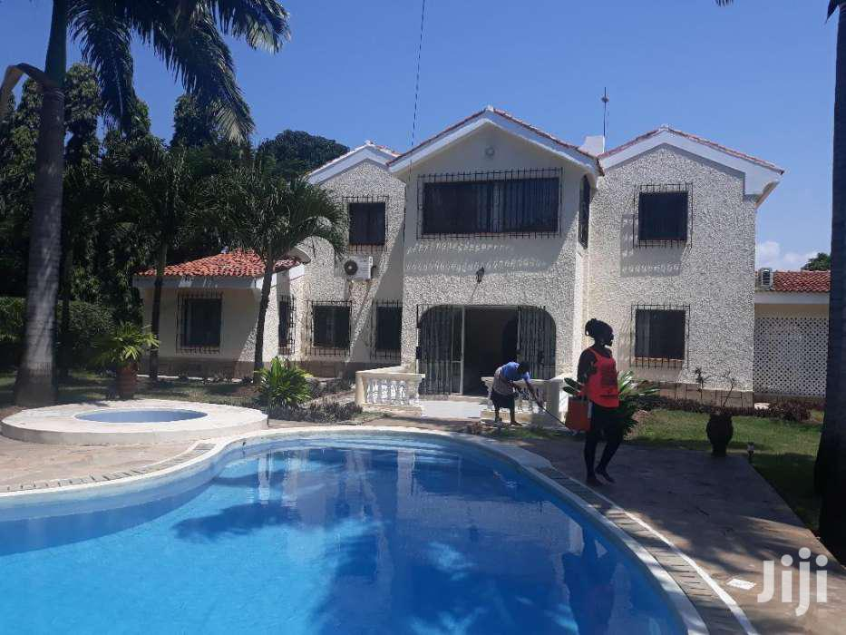 NYALI - OUTSTANDING 4 BEDROOM VILLA OWN COMPOUND With POOL And GARDEN