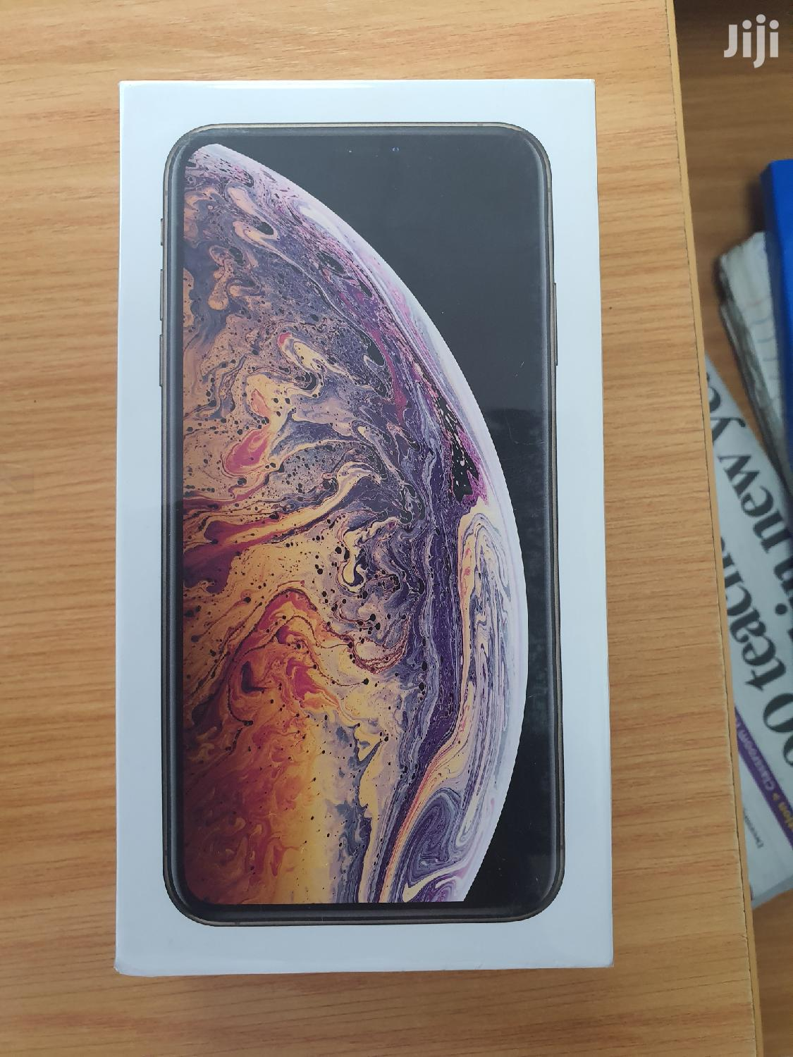 New Apple iPhone XS Max 256 GB Gold