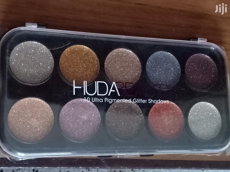 Huda Beauty 10 Ultrapigmented Glitter Shadow Palette