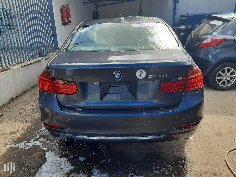 Archive: BMW 320i 2012 Gray