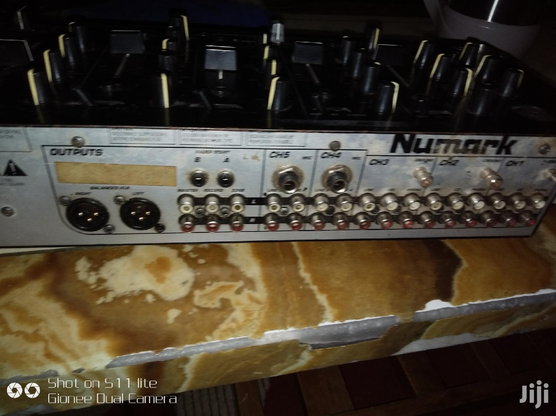 Archive: Cm200 Numark Mixer