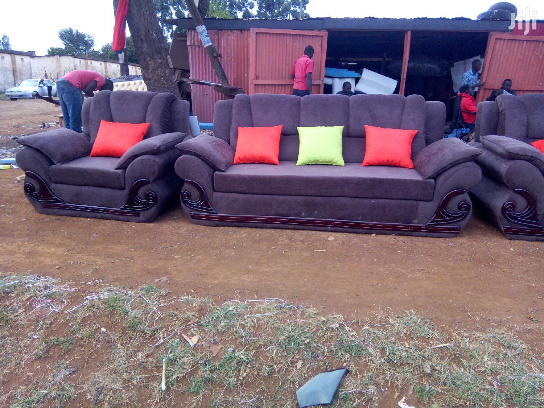Modern Trendy Sofa Set