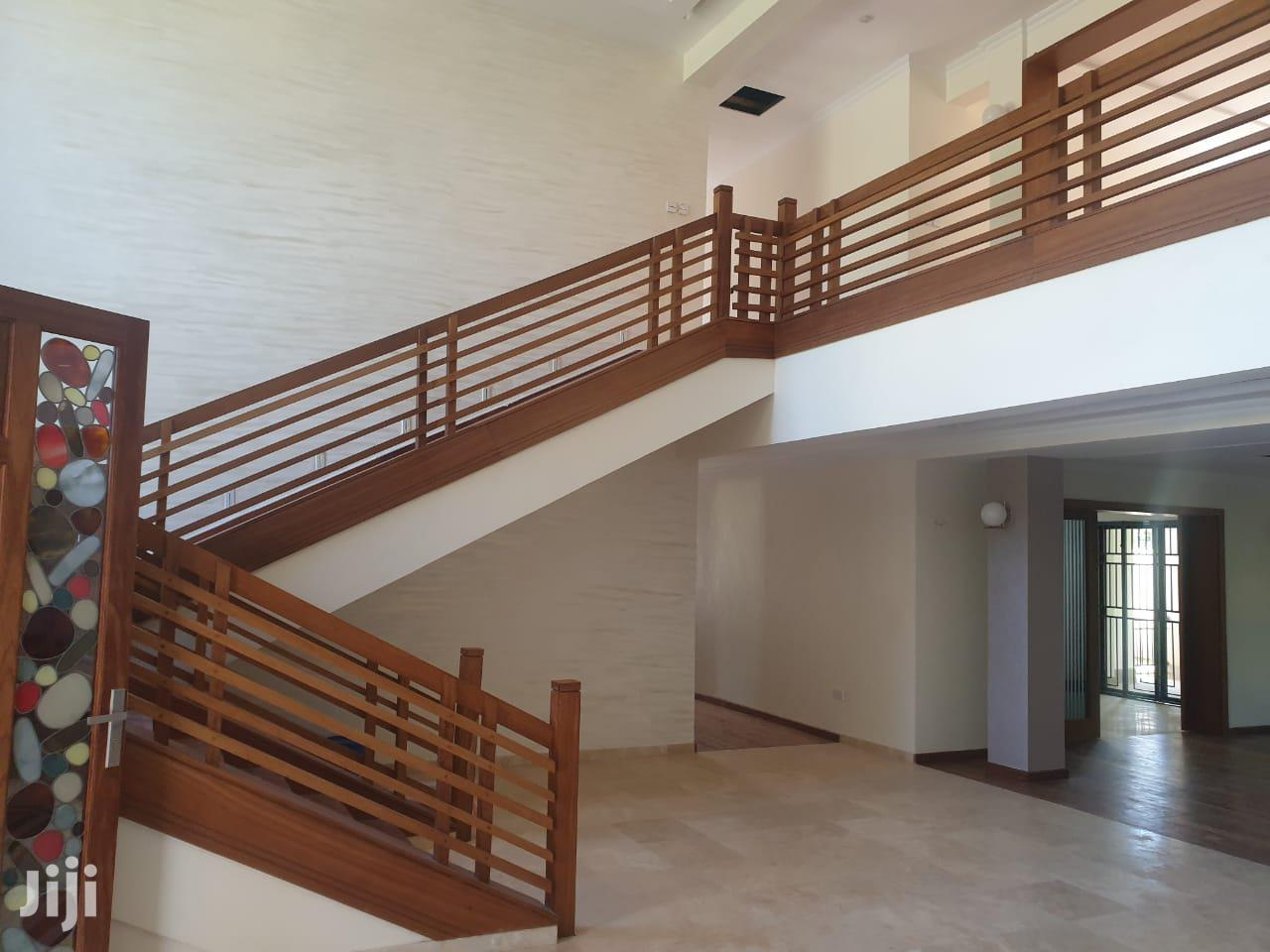 Archive: Own Your Dream Home Today! Runda Six Bedroom Townhouse.