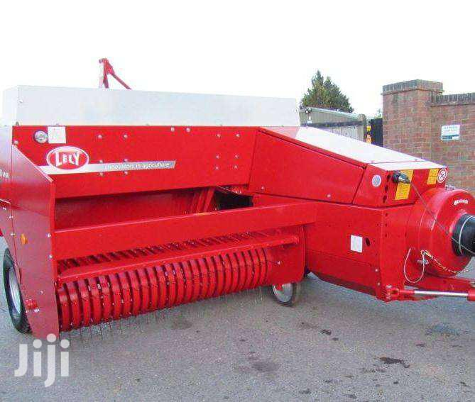 Archive: Welger AP 630 Conventional Baler, Year 2015 ( Howard )