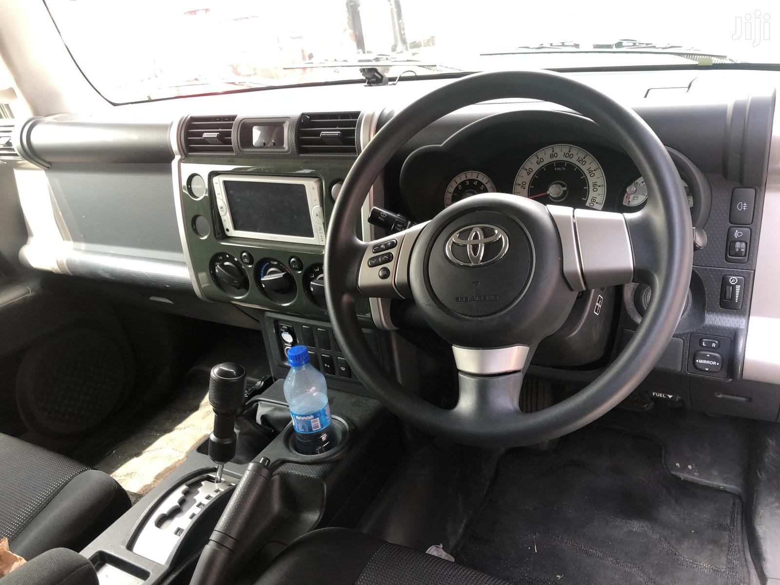 Toyota FJ Cruiser 2013 4X4 MT Green | Cars for sale in Kilimani, Nairobi, Kenya