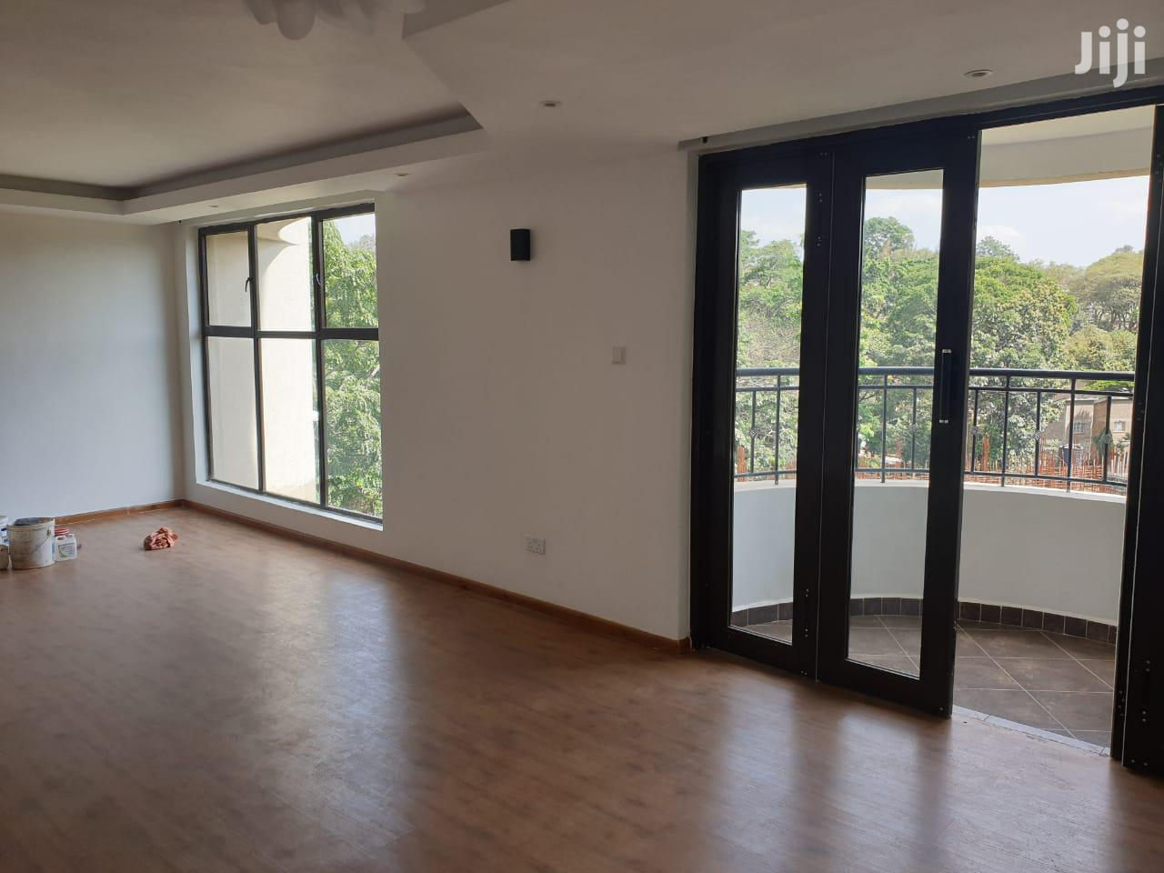 Book Now! Riverside Three Bedroom Duplex Apartment With DSQ.