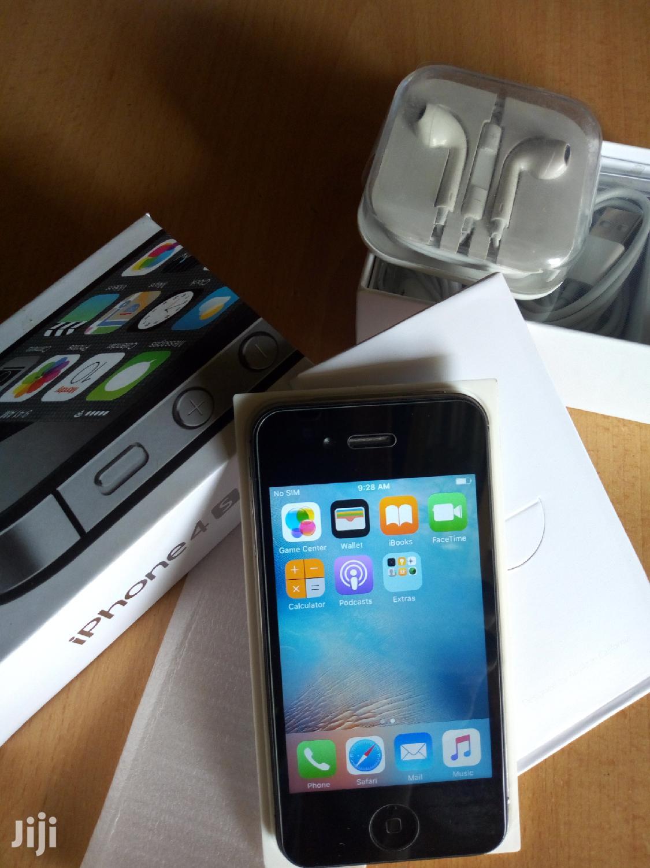 New Apple iPhone 4s 16 GB Black