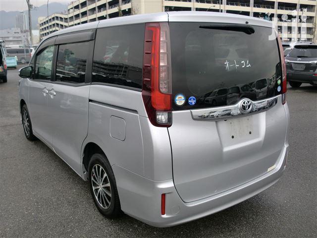 Toyota Noah 2014 Silver | Cars for sale in Mvita, Mombasa, Kenya