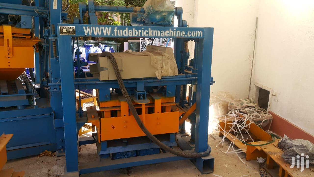 Best Offer 3 Kabro Machine, Mixer, Trolley & Moulds | Manufacturing Equipment for sale in Nyali, Mombasa, Kenya