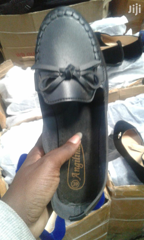 Archive: Ladies Flat Shoes