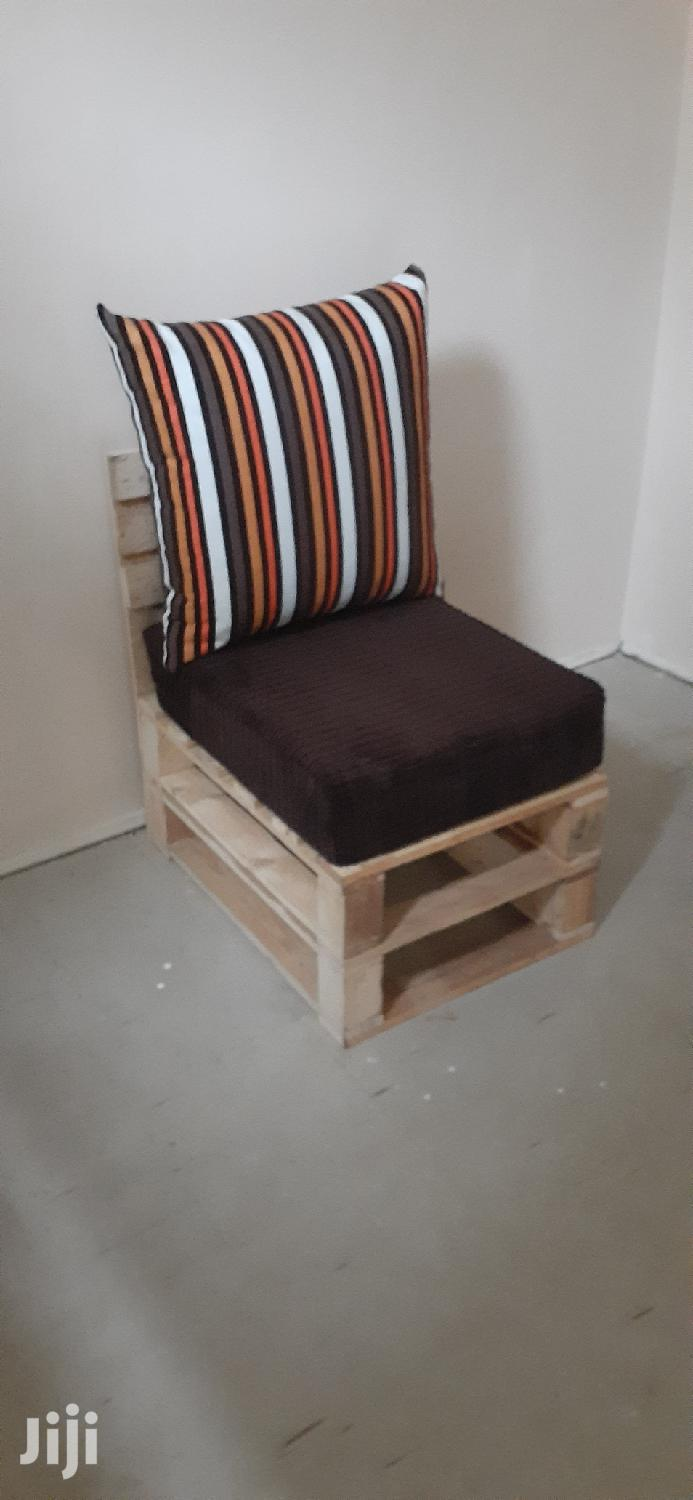 4 Seater Pallet Sofa/Pallet Furniture/Pallet Seats | Furniture for sale in Ziwani/Kariokor, Nairobi, Kenya