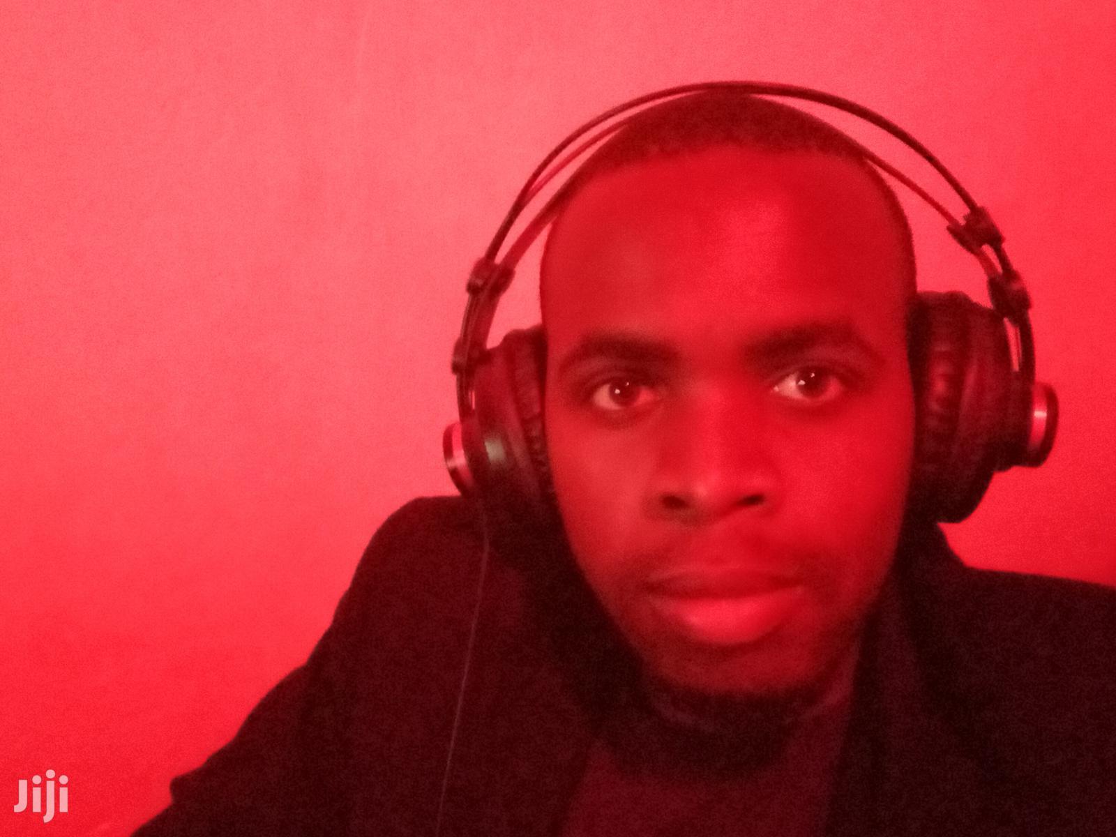 Music Producer/Sound Engineer