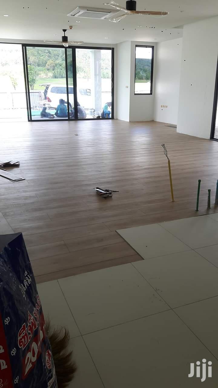 Vinyl Flooring That Uses Glues