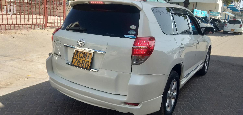 Toyota Vanguard 2010 White | Cars for sale in Changamwe, Mombasa, Kenya
