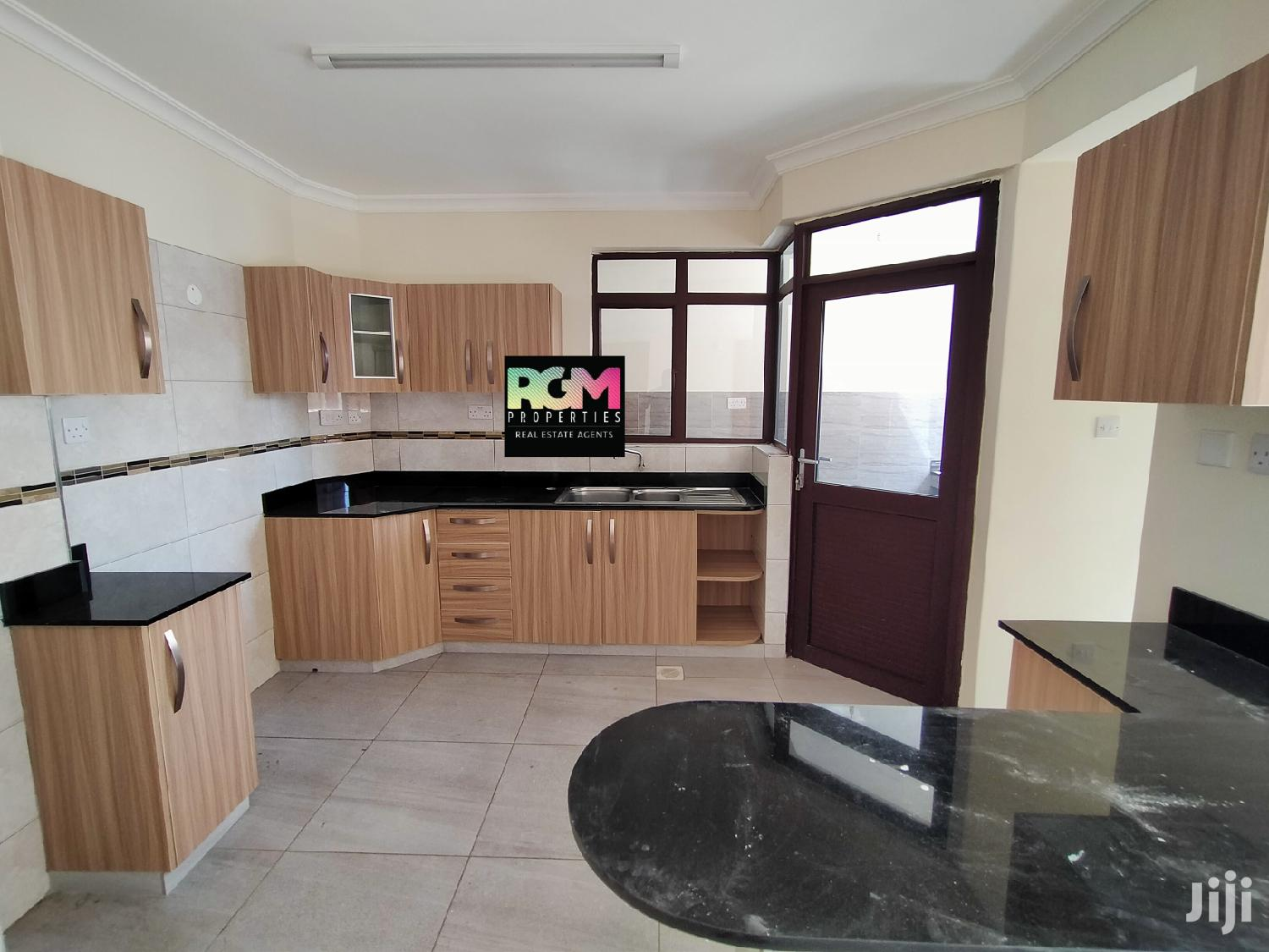 Executive 2 Bedroom Apartment To Let South B | Houses & Apartments For Rent for sale in Nairobi South, Nairobi, Kenya
