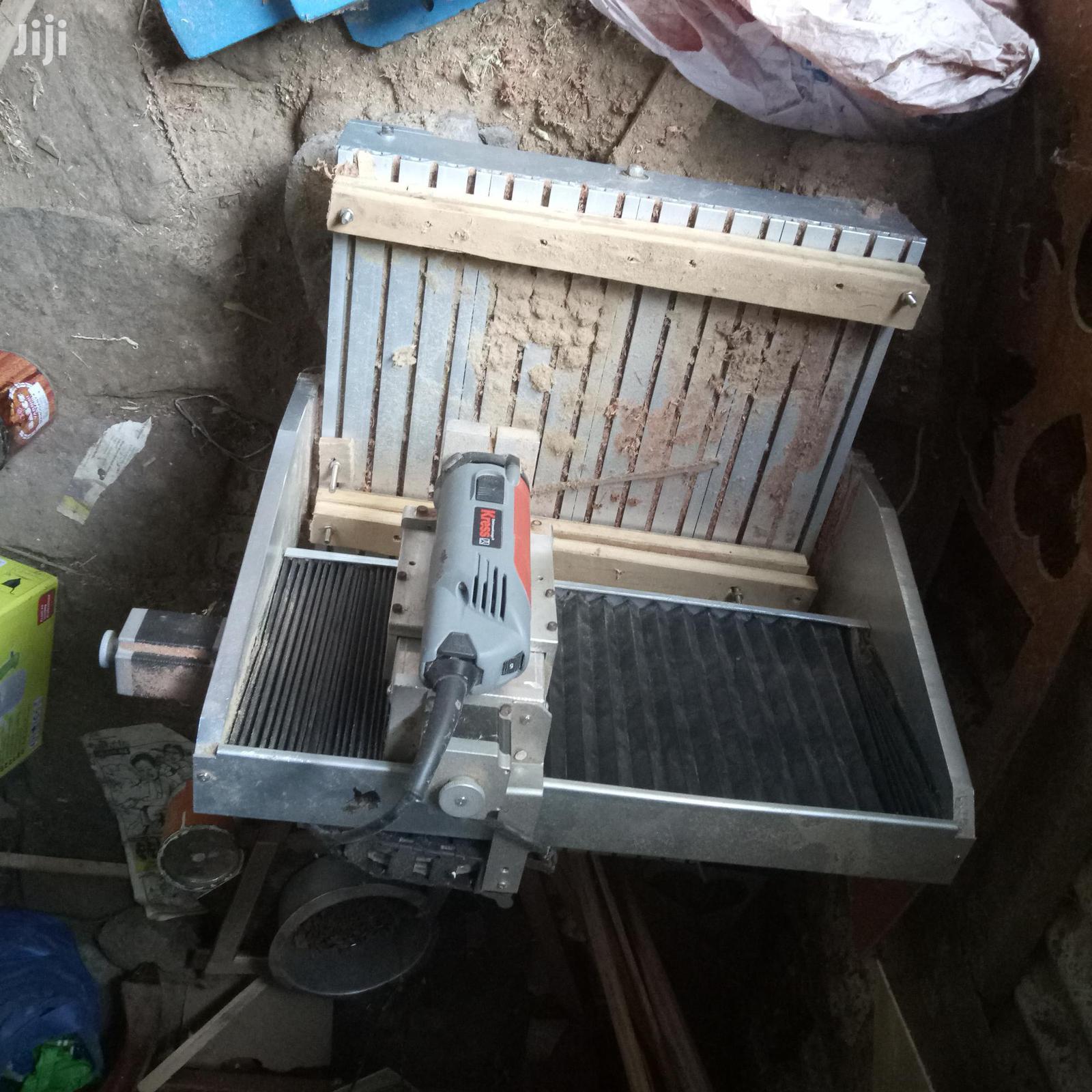 Kress Cnc Machine For Computer Design On Wood Or Mfg