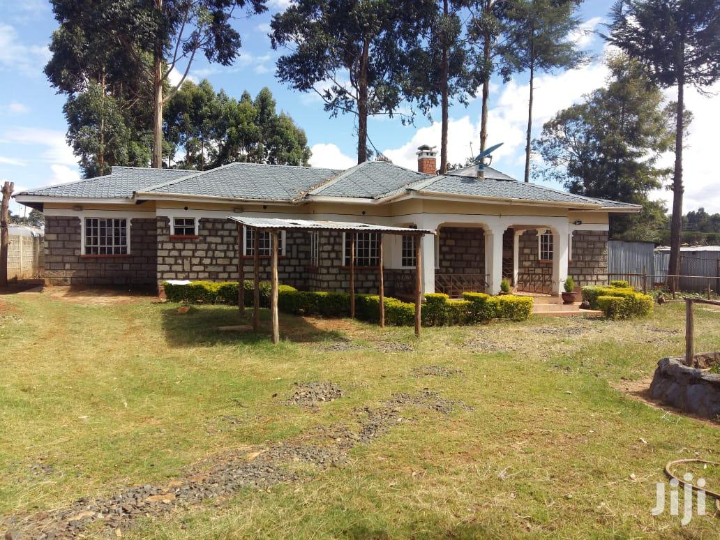 5br Home in 1/4acre on Sale