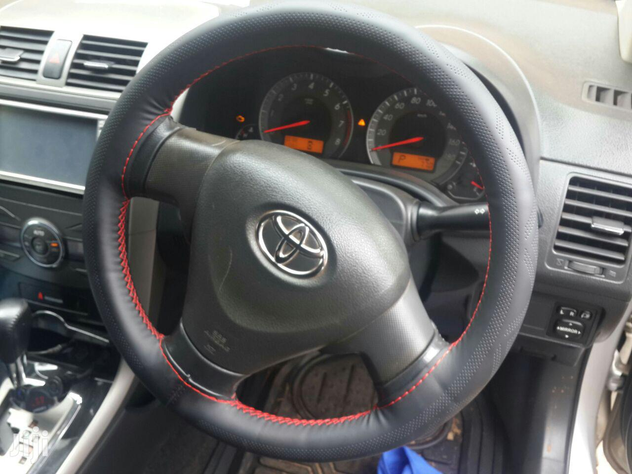Hand Stitched Steering Wheel Cover