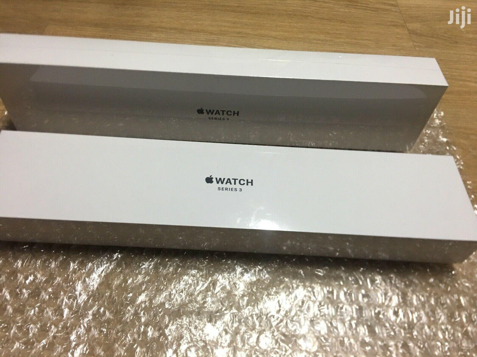 Archive: Apple Watch Series 3 44mm