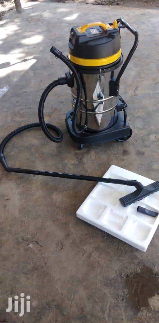 Brand New 50l AICO Vacuum Cleaner.
