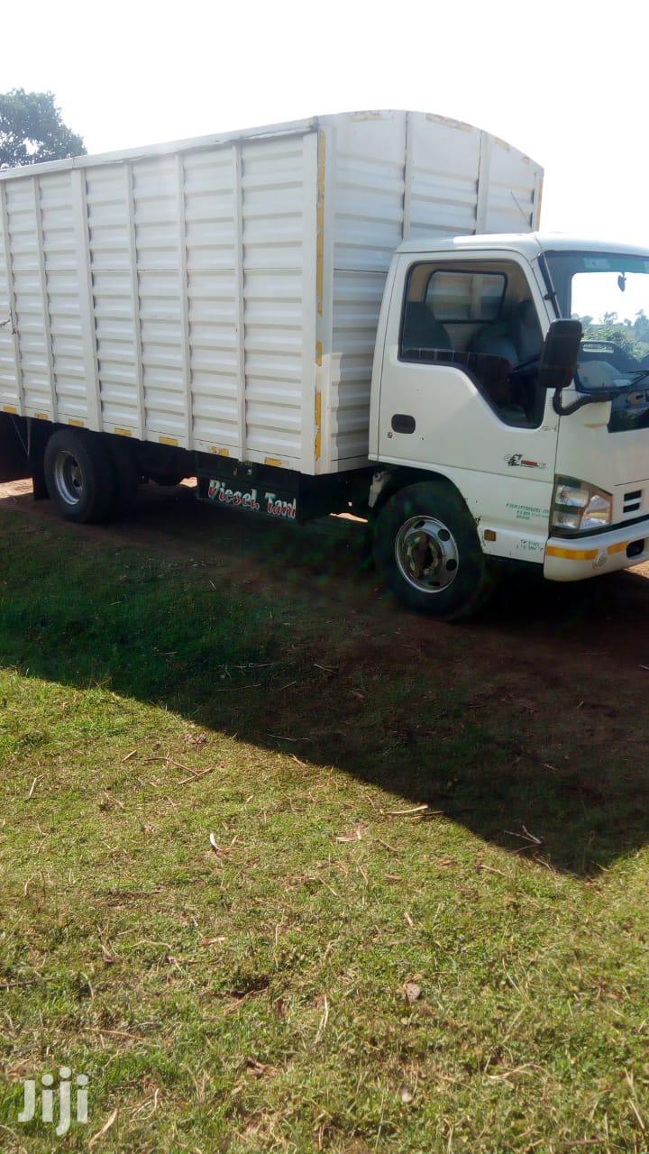Isuzu Nkr 2016 White Quick Sale   Trucks & Trailers for sale in Nairobi Central, Nairobi, Kenya