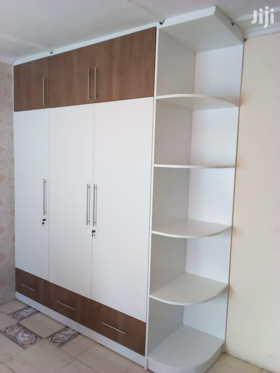 Wardrobes Design Wth Corner Shelves