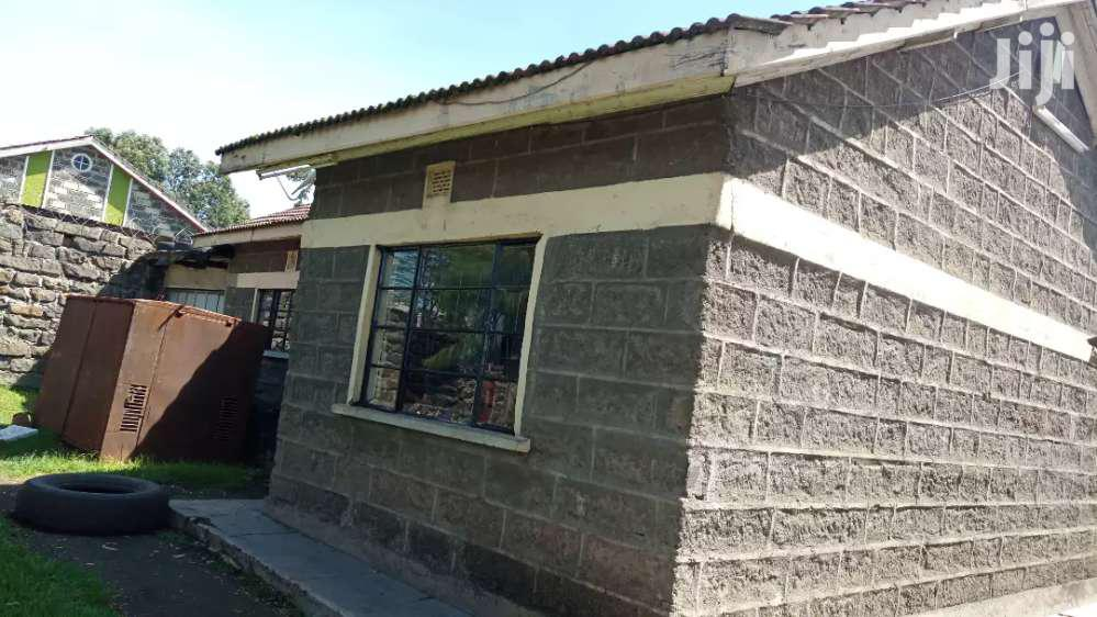 Archive: 2 Bedroomed Own Compound To Let Kiamunyi Nakuru