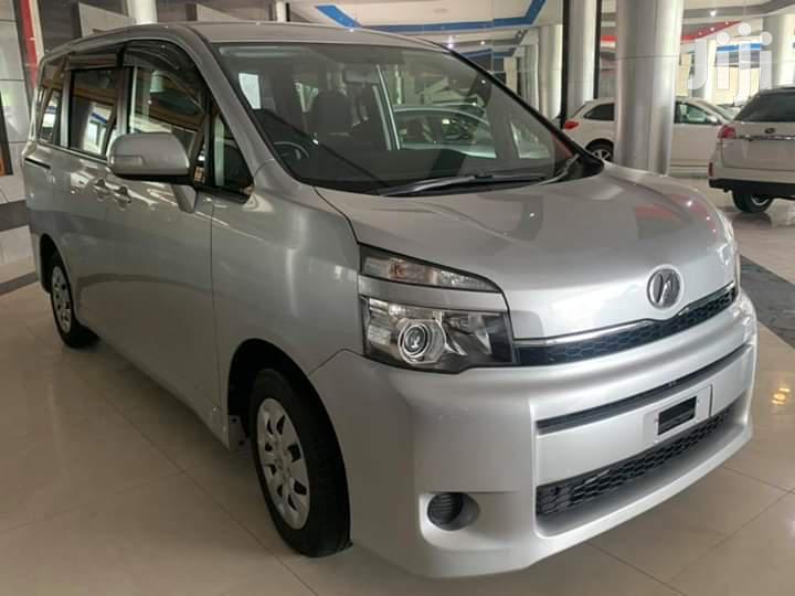 New Toyota Voxy 2013 Silver