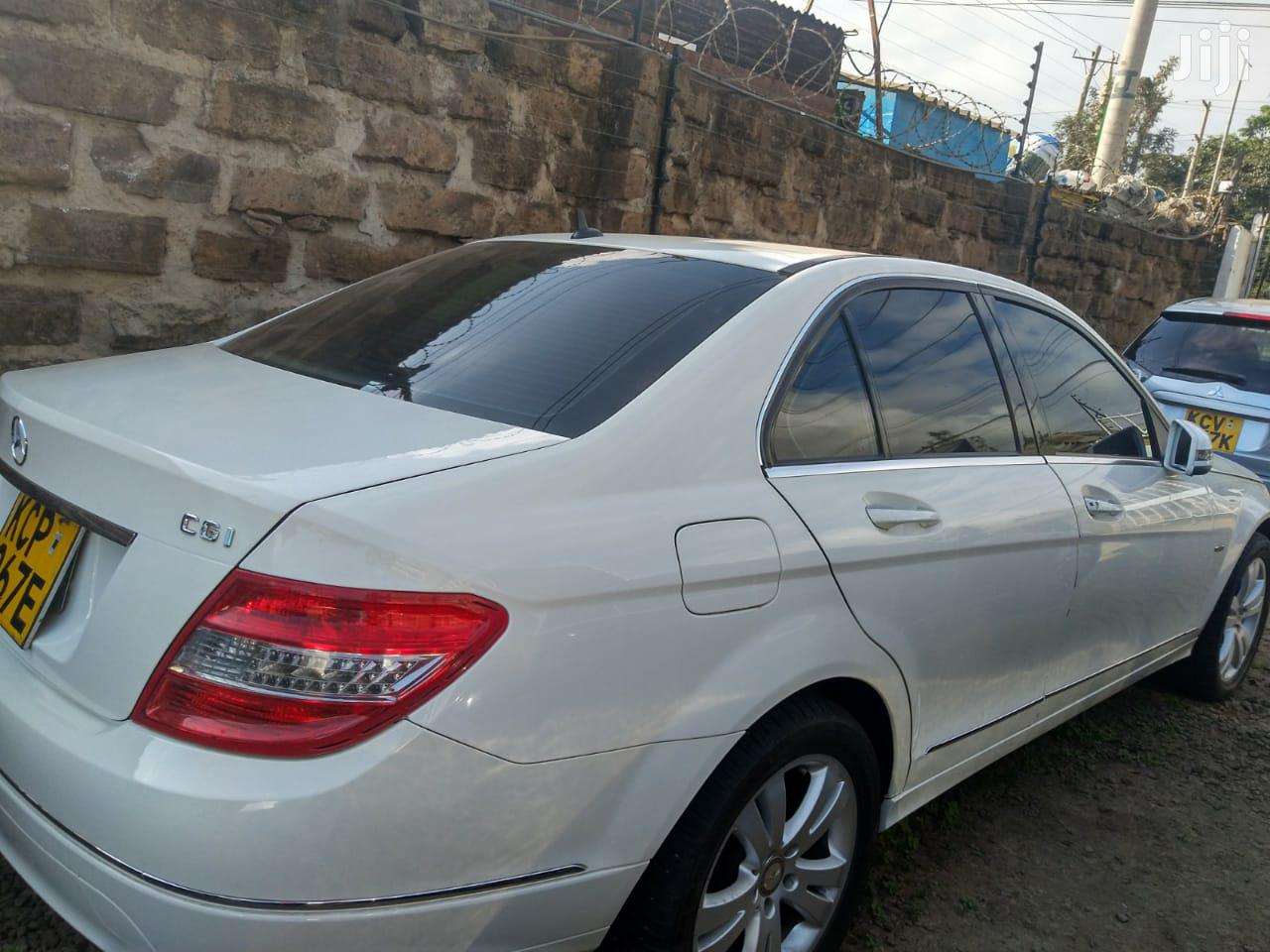 Archive: Mercedes-Benz C200 2010 White