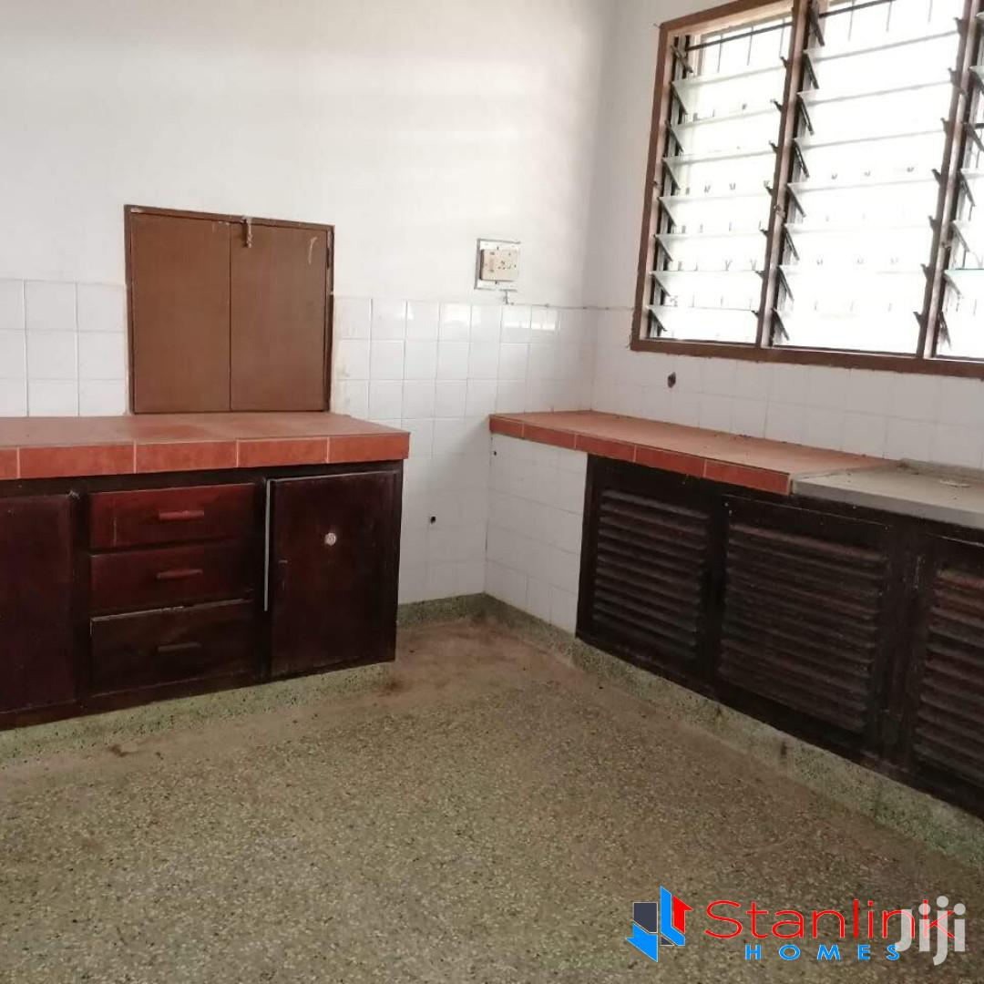Commercial 5 Bedroom House In Own Compound To Let