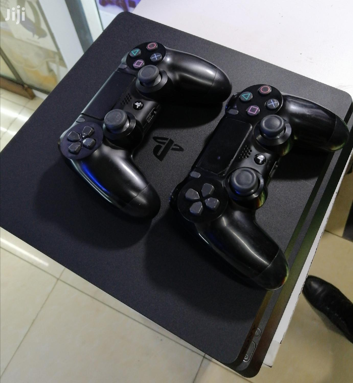 Playstation 4 Slim Almost New With Two Controllers
